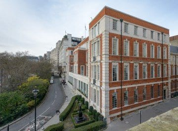 IET London: Savoy Place offers 30% off room hire rates
